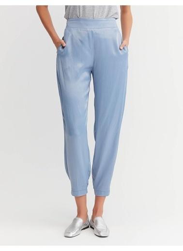 BGN Rahat Kesım Vıskon Saten Pantolon Mavi